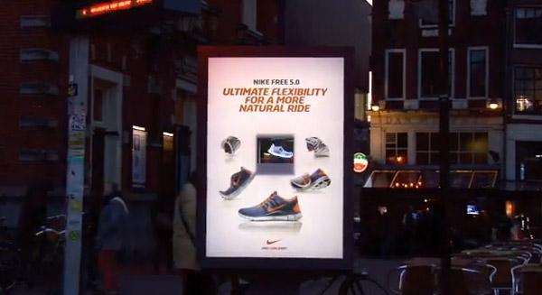 Publicidade com holograma