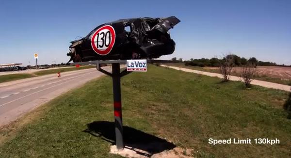 Publicidade destruidora contra acidentes de trânsito