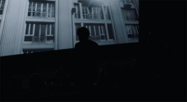 Ação interativa para pedestres feita no cinema