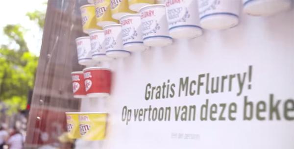 Publicidade que distribui sorvete grátis no calor